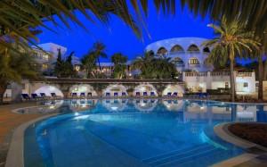 Maritim Hotel Galatzo - Pool